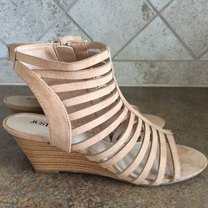 Women's size 8 wedge sandals